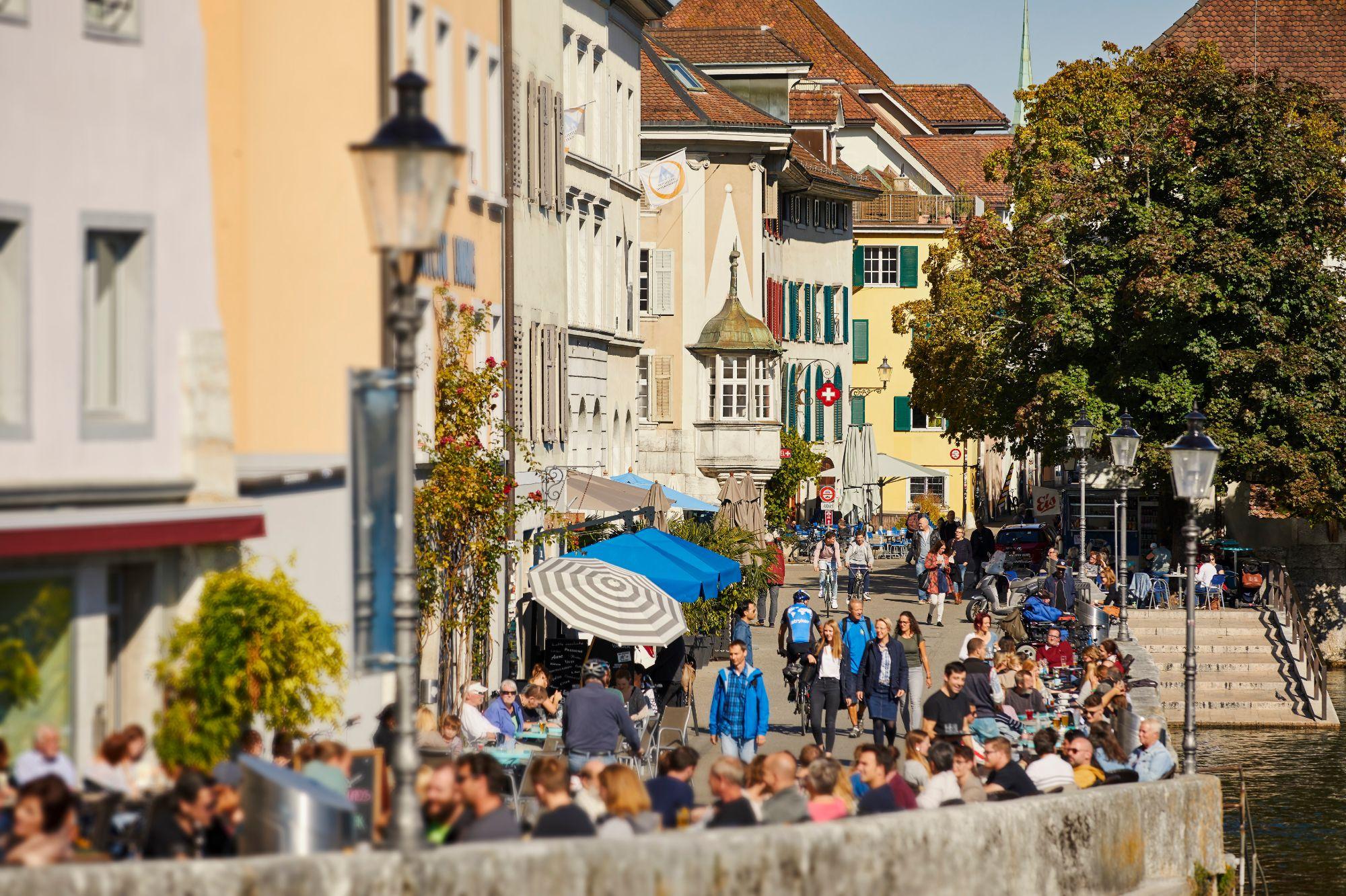 Aare-Riviera_Landhausqaui_1_© Solothurn Tourismus_Tino Zurbrügg.jpg