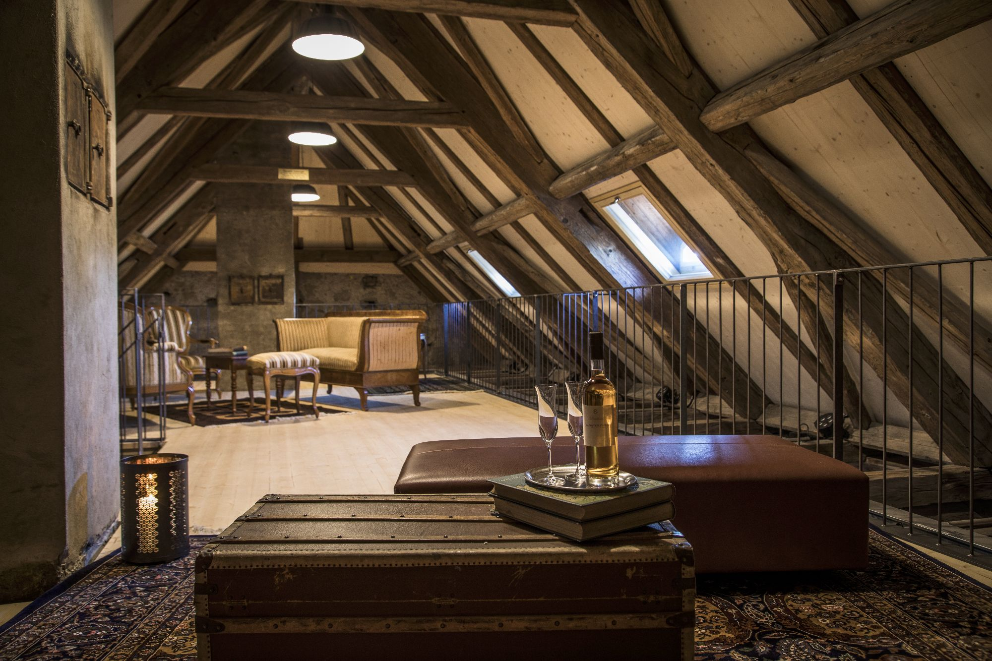 Lounge im Dachstock Banketraum