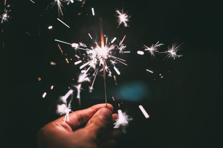new-year-s-eve-sparkler-sparks-38196.jpg